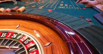 Casinos, mesas,roletas e jogadores